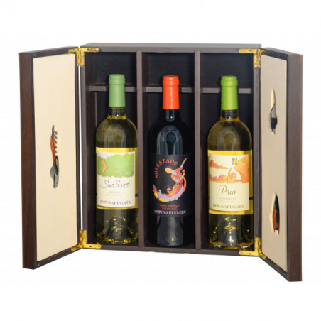 Gift Box -   Elegant  wooden  box  with  precious  Sommelier  accessories and Sicily and the wines of Donnafugata